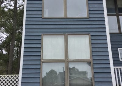 dark-blue-house-window2